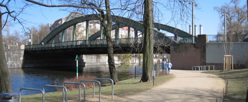 IMG_Referenz_2023-Referenz_Schlossbrücke_header_850x350